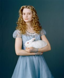Alice in Wonderland - Mia Wasikowska