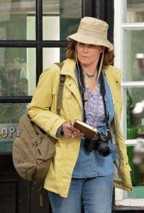 Doc Martin - Sigourney Weaver