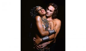Queen Of The Damned - Aayliah Stuart Townsend